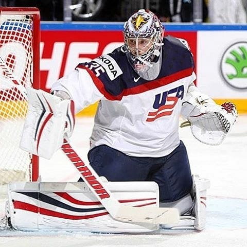 Team USA and Howie with the W iihfhockey tournament Bishitup!hellip