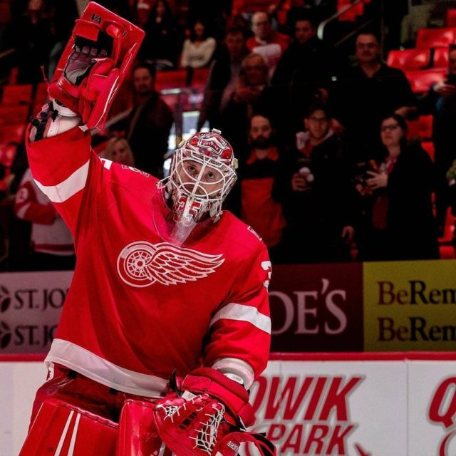 Congratulations jimmyhowardofficial on moving into 7th among Americanborn goaltenders inhellip